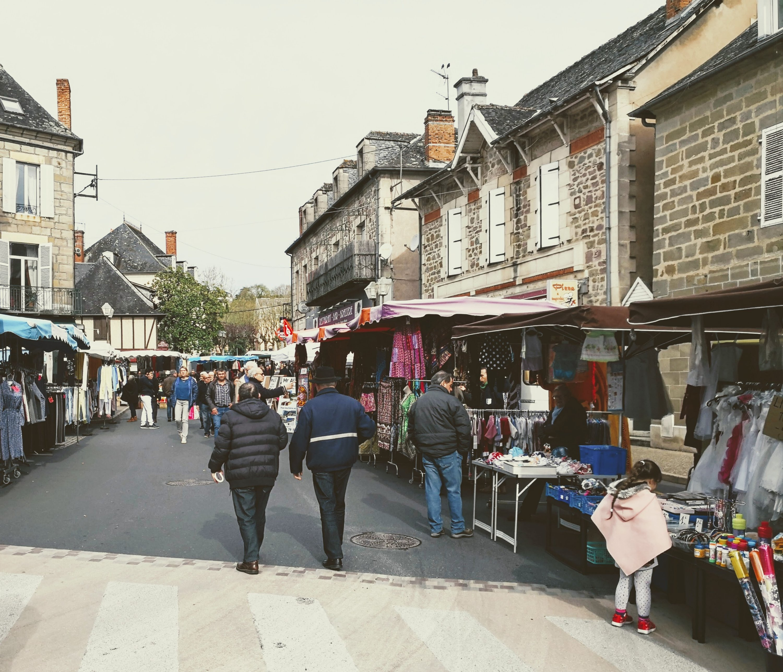 Objat market