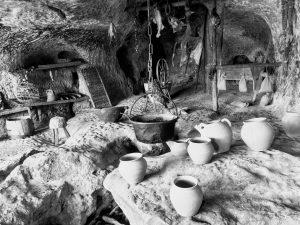 La Roque Saint Christophe early cooking area
